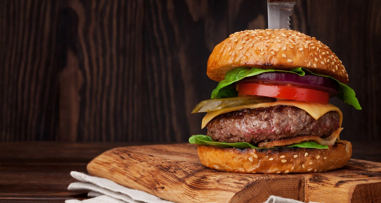 tasty-grilled-home-made-burger-2ZLKV8T-min.jpg